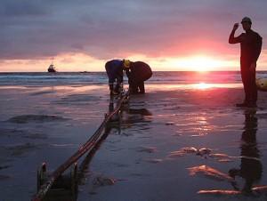 Tuyến cáp quang biển Việt Nam đi Quốc tế AAG bị đứt